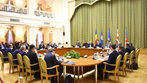 Kiyevdə GUAM-a üzv ölkələrin hökumət başçılarının plenar iclası keçirilib - FOTO