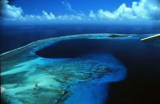 Sakit okeanın dibində nəhəng süni kraterlər aşkarlandı