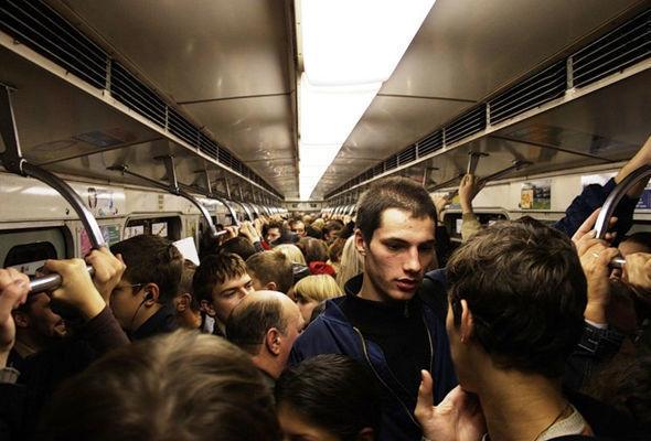 Bakı metrosunda problem
