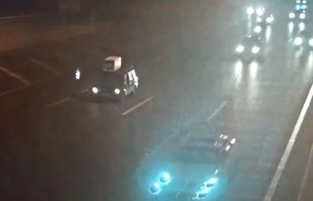 Bakıda ağır qəza: Yolun ortasında dayanan avtomobili belə vurdu - VİDEO