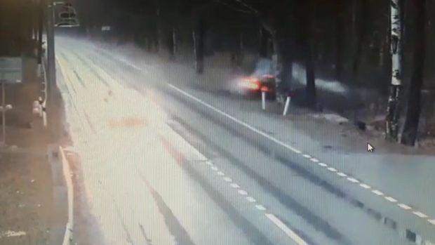 İki gəncin öldüyü dəhşətli qəza kameraya düşdü - VİDEO