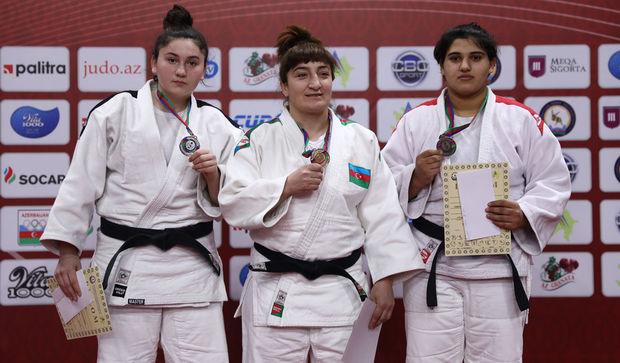 Qadın MMA döyüşçüsü cüdo üzrə Azərbaycan çempionu oldu