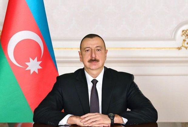 İlham Əliyev Azərbaycan xalqını təbrik edir - CANLI YAYIM