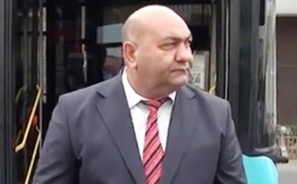 Azərbaycanda vəzifəli şəxs qaçdı