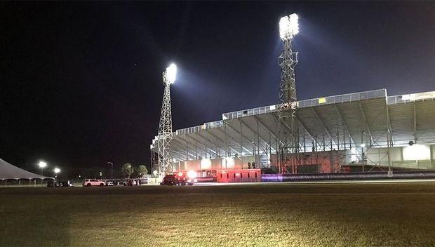 Futbol meydançasında dava düşdü, polis atəş açdı - VİDEO