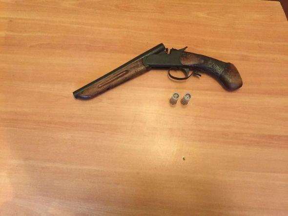 Astarada silah satan şəxs saxlanıldı - FOTO_2