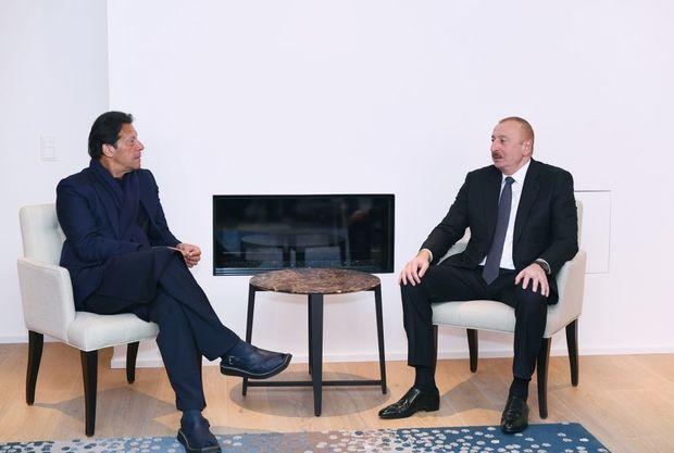 Prezident İlham Əliyev Davosda Pakistanın Baş naziri ilə görüşüb - FOTO