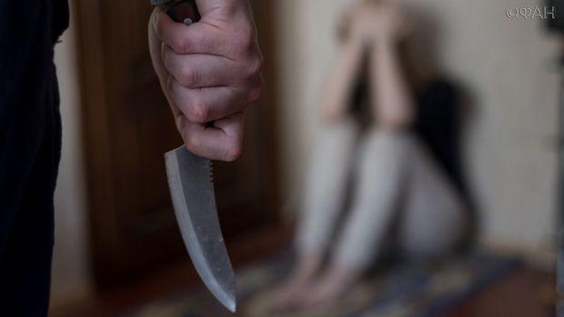 """Bakıda gənc """"yox"""" cavabı aldığı qızı amansızlıqla bıçaqladı"""