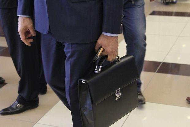 Azərbaycanda vəzifəli şəxs nöqsanlara görə işdən çıxarıldı