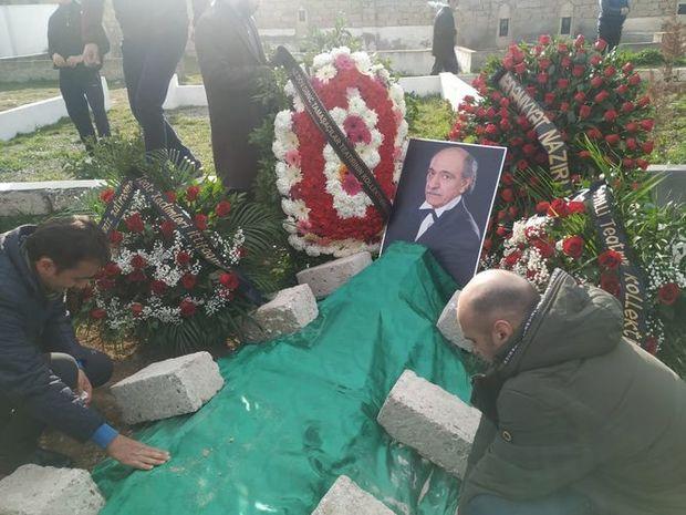 Xalq artisti Ağaxan Salmanlı bu gün dəfn edilib.