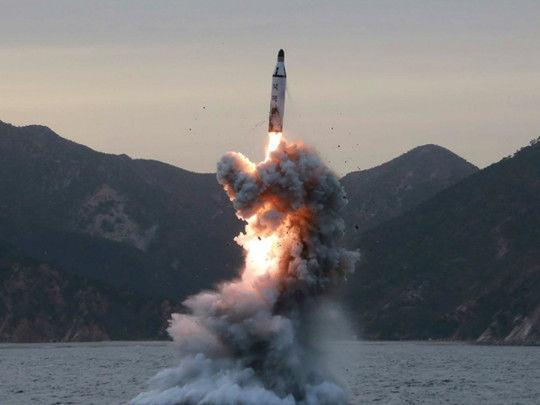 Şimali Koreya Yaponiya istiqamətində raketlər buraxdı