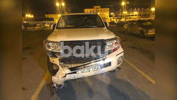 Bakıda iki avtomobil toqquşub, xəsarət alan var - FOTO + VİDEO